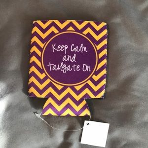 Accessories - NWT tailgate koozie
